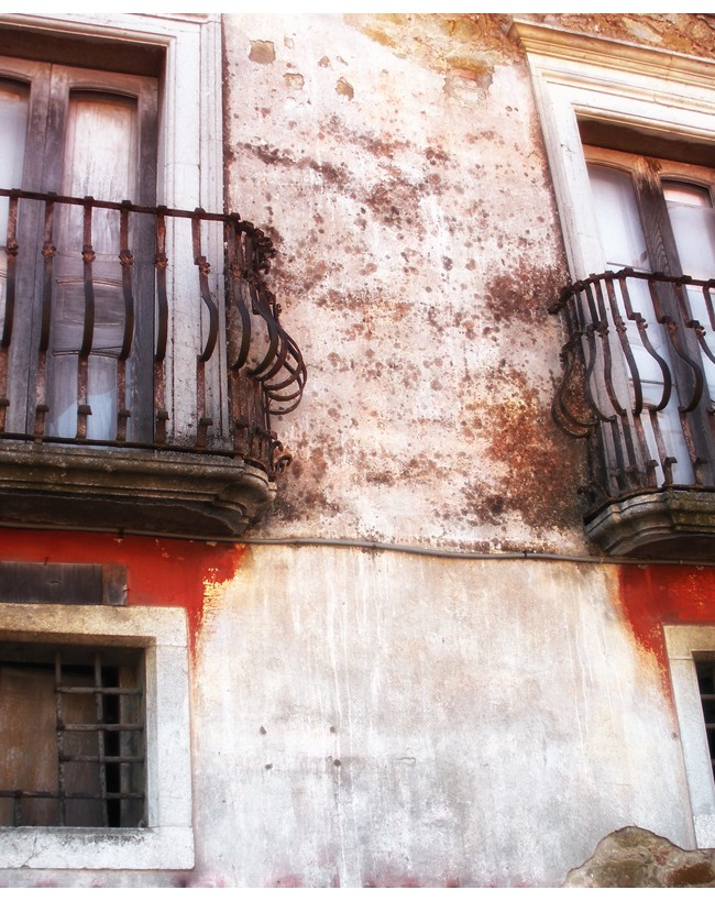 The 2 Balconies